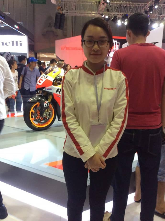 1 HONDA garment for Honda Vietnam join motorcycle show 2016