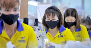 6 PRODUCING ANTIBACTERIAL CLOTH MASKS FOR EXPORT TO FRANCE