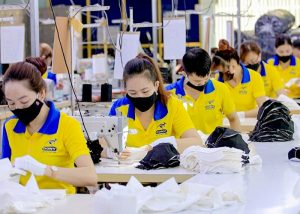 What does CMT Manufacturing stand for in the Apparel Industry