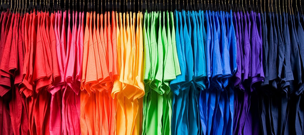 Color options for plain T-shirt at aothungiasi.vn